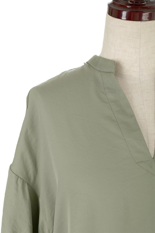 BackButtonKey-NeckLongBlouseキーネック・ロングブラウス大人カジュアルに最適な海外ファッションのothers(その他インポートアイテム)のトップスやシャツ・ブラウス。注目のキーネック仕様のロングブラウス。後ろのボタンを少し外せば、こなれ感も増してオシャレ度アップ。/main-23
