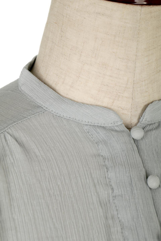 BandCollarFrillSleeveBlouseフリルスリーブ・バンドカラーブラウス大人カジュアルに最適な海外ファッションのothers(その他インポートアイテム)のトップスやシャツ・ブラウス。夏にピッタリの素材を使用したゆったりシルエットのブラウス。きちっとした印象のバンドカラーですが、ボタンの外し具合でカジュアル感を調節できます。/main-22