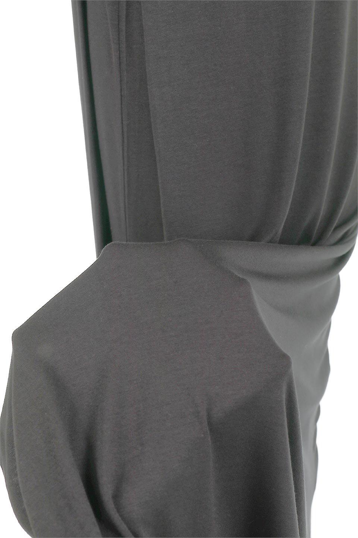 LayeredCut&SewnLongDressレイヤード・カットソーワンピース大人カジュアルに最適な海外ファッションのothers(その他インポートアイテム)のワンピースやマキシワンピース。2枚重ね風のデザインで一枚でこなれ感のある着こなしが出来るワンピース。下にボトムを合わせても楽しめるアイテムです。/main-10