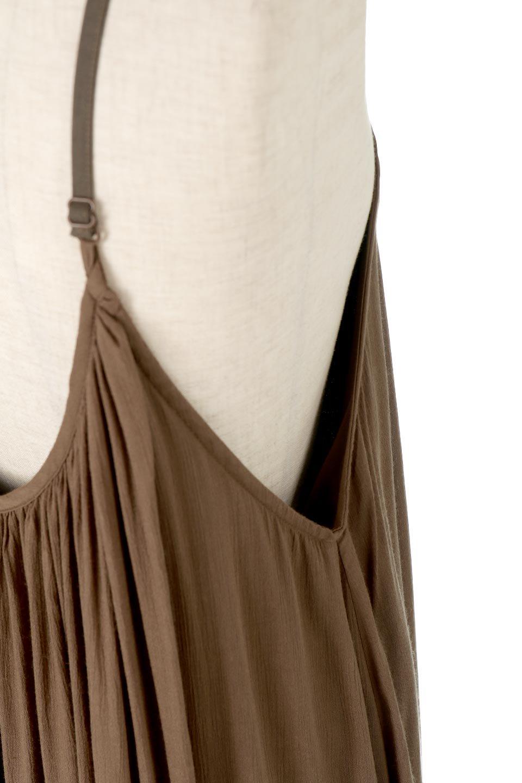 BackGatheredLongCamiDressバックギャザー・キャミマキシワンピース大人カジュアルに最適な海外ファッションのothers(その他インポートアイテム)のワンピースやマキシワンピース。柔らかく軽やかで涼しげな大人のためのサマードレス。ポイントのバックデザインがシンプルながら存在感あるマキシワンピ。/main-13