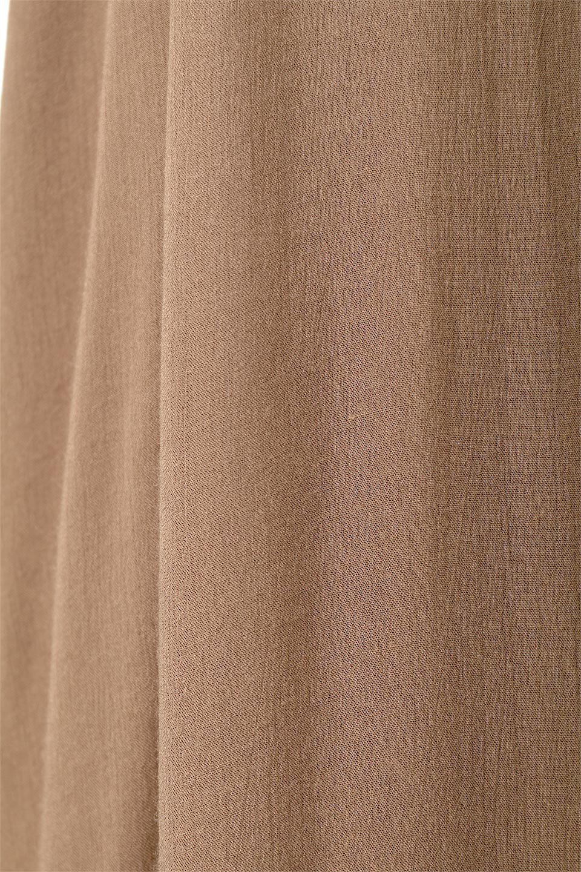 BackGatheredLongCamiDressバックギャザー・キャミマキシワンピース大人カジュアルに最適な海外ファッションのothers(その他インポートアイテム)のワンピースやマキシワンピース。柔らかく軽やかで涼しげな大人のためのサマードレス。ポイントのバックデザインがシンプルながら存在感あるマキシワンピ。/main-18