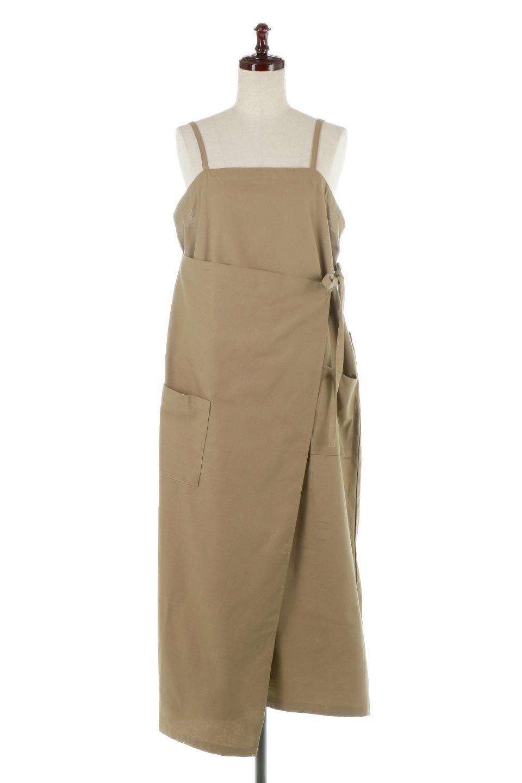 CottonWrapLongDressコットンツイル・ラップワンピース大人カジュアルに最適な海外ファッションのothers(その他インポートアイテム)のワンピースやマキシワンピース。ナチュラルなコットン素材の風合いを生かしたポケット付きのワンピース。ラップ部分がエプロン風で、おしゃれなカフェのスタッフさんのような雰囲気もあります。/main-15