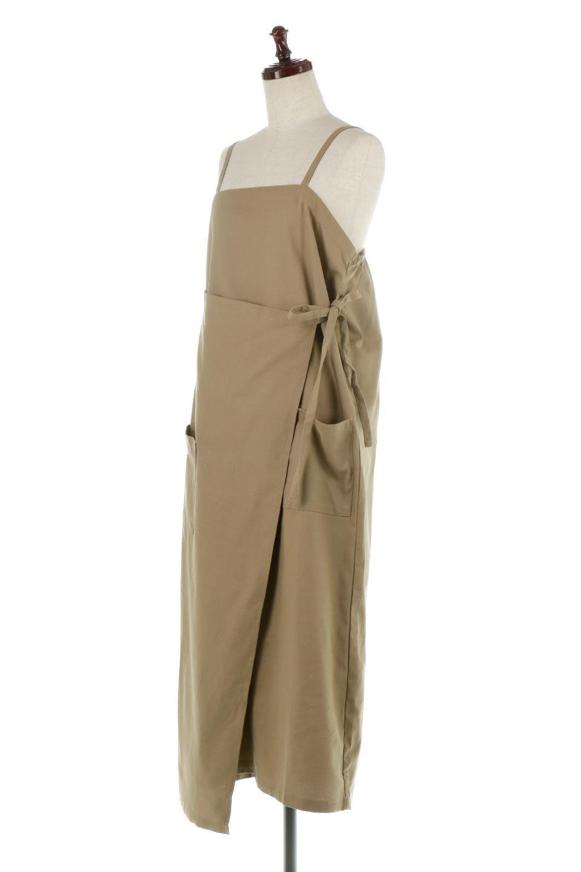 CottonWrapLongDressコットンツイル・ラップワンピース大人カジュアルに最適な海外ファッションのothers(その他インポートアイテム)のワンピースやマキシワンピース。ナチュラルなコットン素材の風合いを生かしたポケット付きのワンピース。ラップ部分がエプロン風で、おしゃれなカフェのスタッフさんのような雰囲気もあります。/main-16