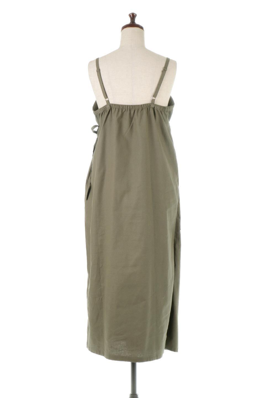 CottonWrapLongDressコットンツイル・ラップワンピース大人カジュアルに最適な海外ファッションのothers(その他インポートアイテム)のワンピースやマキシワンピース。ナチュラルなコットン素材の風合いを生かしたポケット付きのワンピース。ラップ部分がエプロン風で、おしゃれなカフェのスタッフさんのような雰囲気もあります。/main-4