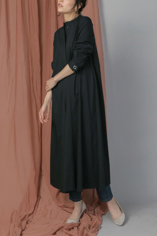 CollarlessFlareDressノーカラー・フルオープンワンピース大人カジュアルに最適な海外ファッションのothers(その他インポートアイテム)のワンピースやマキシワンピース。ノーカラーデザインとフレアシルエットが美しい無地ワンピース。切替でフレアに広がったラインが美しいワンピース。/main-19