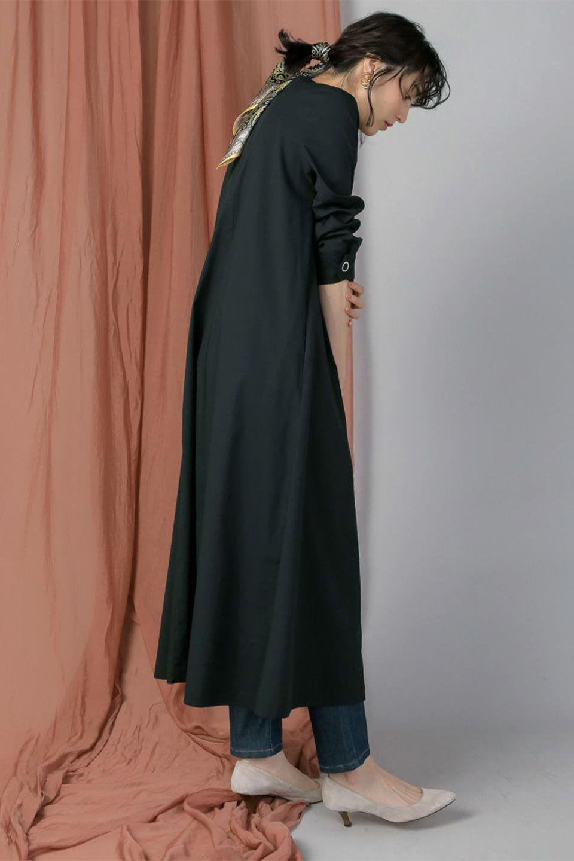 CollarlessFlareDressノーカラー・フルオープンワンピース大人カジュアルに最適な海外ファッションのothers(その他インポートアイテム)のワンピースやマキシワンピース。ノーカラーデザインとフレアシルエットが美しい無地ワンピース。切替でフレアに広がったラインが美しいワンピース。/main-20