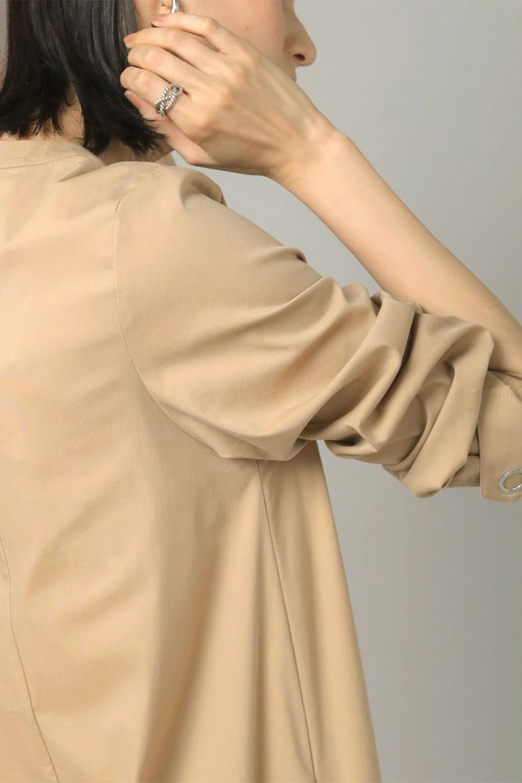 CollarlessFlareDressノーカラー・フルオープンワンピース大人カジュアルに最適な海外ファッションのothers(その他インポートアイテム)のワンピースやマキシワンピース。ノーカラーデザインとフレアシルエットが美しい無地ワンピース。切替でフレアに広がったラインが美しいワンピース。/main-33