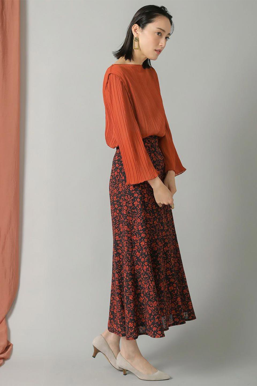 FloralPrintedMermaidSkirt花柄切り替え・マーメイドスカート大人カジュアルに最適な海外ファッションのothers(その他インポートアイテム)のボトムやスカート。エレガントで女性らしいマーメイドラインの花柄スカート。全体的にIラインながら途中から切り替えが入っており、裾部分はフレアに。/main-12