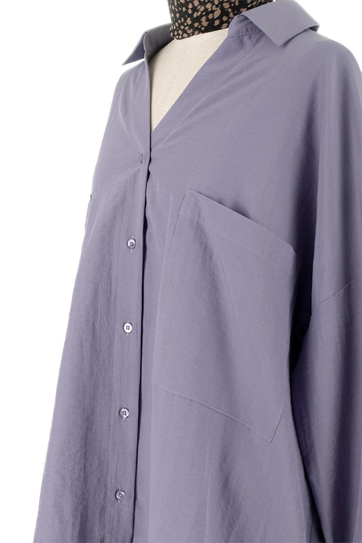 SkipperCollarBigPocketBlouseスカーフ付き・スキッパーブラウス大人カジュアルに最適な海外ファッションのothers(その他インポートアイテム)のトップスやシャツ・ブラウス。シルクのようなさらっとした手触りの生地を用いたシャツブラウス。オーバーサイズでお尻まですっぽりと隠れる丈感となっていますが、首元のV開きにより顔まわりはスッキリ見え、抜け感が出て◎スタイリングのポイントとして取り入れやすい、レオパード柄スカーフ付き。/main-21