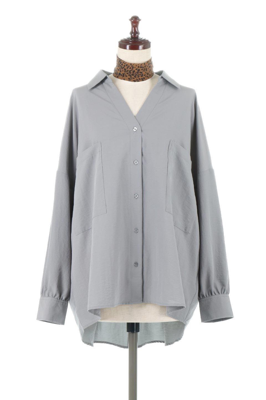 SkipperCollarBigPocketBlouseスカーフ付き・スキッパーブラウス大人カジュアルに最適な海外ファッションのothers(その他インポートアイテム)のトップスやシャツ・ブラウス。シルクのようなさらっとした手触りの生地を用いたシャツブラウス。オーバーサイズでお尻まですっぽりと隠れる丈感となっていますが、首元のV開きにより顔まわりはスッキリ見え、抜け感が出て◎スタイリングのポイントとして取り入れやすい、レオパード柄スカーフ付き。/main-5