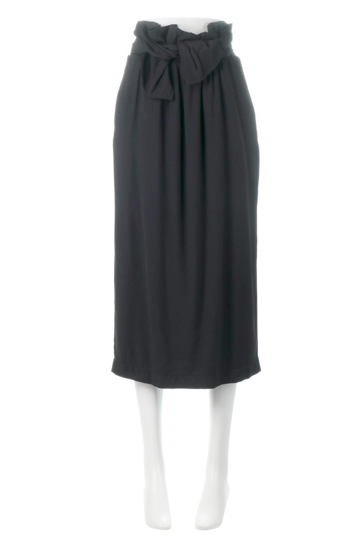 TwistedWaistNarrowSkirtツイストベルト・ナロースカート大人カジュアルに最適な海外ファッションのothers(その他インポートアイテム)のボトムやスカート。表面が凸凹しているので触り心地が少しざらつきがあるスラブ生地を用いたスカート。リボンを結んだようなウエストデザインがあるので、無地Tやシンプルなトップスと合わしてもこなれ感が出ます。/main-10