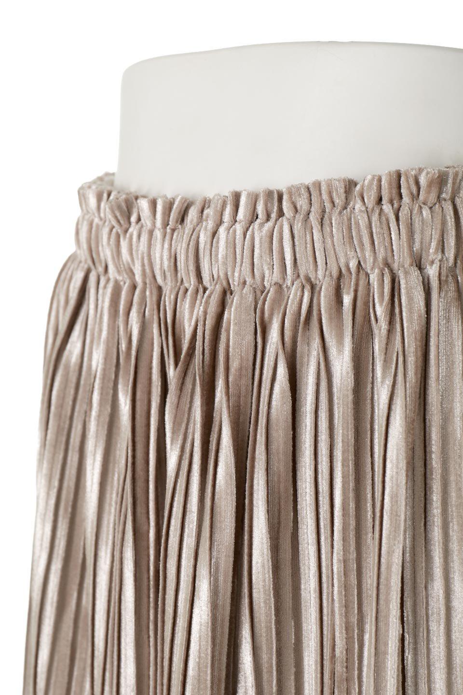 PleatedVelourLongSkirtプリーツ・ベロアスカート大人カジュアルに最適な海外ファッションのothers(その他インポートアイテム)のボトムやスカート。ベロア地をプリーツ加工したロングスカート。たっぷりギャザーを寄せてあるので重量感があり、ストンとした落ち感です。/main-11