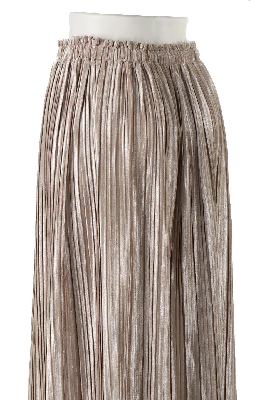 PleatedVelourLongSkirtプリーツ・ベロアスカート大人カジュアルに最適な海外ファッションのothers(その他インポートアイテム)のボトムやスカート。ベロア地をプリーツ加工したロングスカート。たっぷりギャザーを寄せてあるので重量感があり、ストンとした落ち感です。/main-12