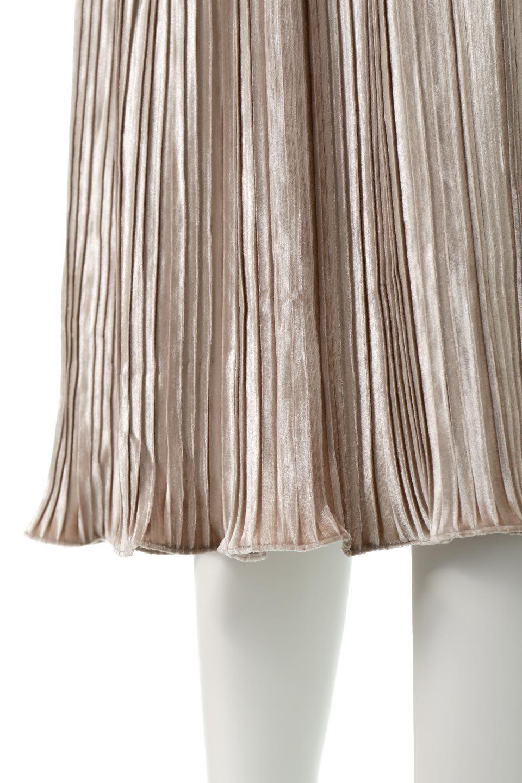 PleatedVelourLongSkirtプリーツ・ベロアスカート大人カジュアルに最適な海外ファッションのothers(その他インポートアイテム)のボトムやスカート。ベロア地をプリーツ加工したロングスカート。たっぷりギャザーを寄せてあるので重量感があり、ストンとした落ち感です。/main-15