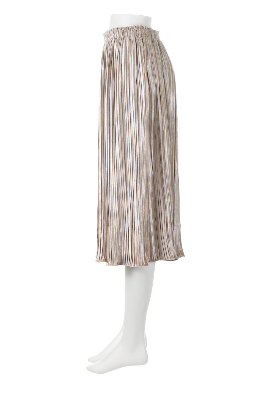PleatedVelourLongSkirtプリーツ・ベロアスカート大人カジュアルに最適な海外ファッションのothers(その他インポートアイテム)のボトムやスカート。ベロア地をプリーツ加工したロングスカート。たっぷりギャザーを寄せてあるので重量感があり、ストンとした落ち感です。/main-2