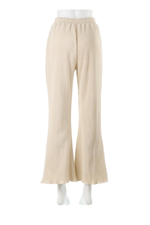 PleatedSemiFlarePantsプリーツ・セミフレアパンツ大人カジュアルに最適な海外ファッションのothers(その他インポートアイテム)のボトムやパンツ。中厚手のしっかりとしたダブルフェイス生地に、細かいプリーツが施されたセミフレアパンツです。膝から裾にかけてやや広がりのあるシルエットとなっています。/main-4