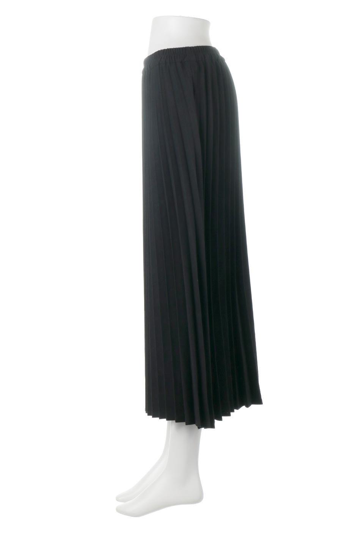 VeganSuedePleatedSkirtビーガンスエード・プリーツスカート大人カジュアルに最適な海外ファッションのothers(その他インポートアイテム)のボトムやスカート。マットな質感が魅力のビーガンスエードを使ったプリーツスカート。ウエストは全体がゴムになっています。/main-12