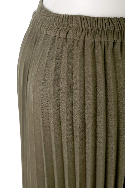 VeganSuedePleatedSkirtビーガンスエード・プリーツスカート大人カジュアルに最適な海外ファッションのothers(その他インポートアイテム)のボトムやスカート。マットな質感が魅力のビーガンスエードを使ったプリーツスカート。ウエストは全体がゴムになっています。/main-16