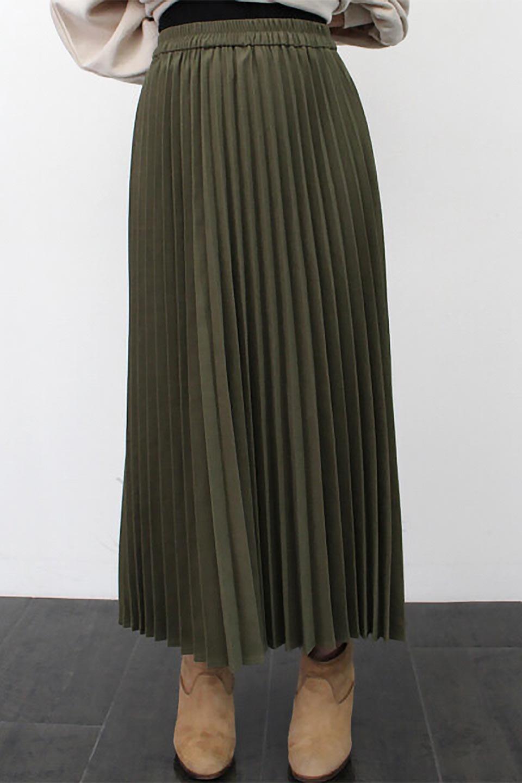 VeganSuedePleatedSkirtビーガンスエード・プリーツスカート大人カジュアルに最適な海外ファッションのothers(その他インポートアイテム)のボトムやスカート。マットな質感が魅力のビーガンスエードを使ったプリーツスカート。ウエストは全体がゴムになっています。/main-23
