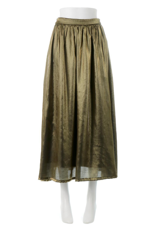 GatheredFlareShinnySkirtシャイニーポプリン・ギャザーフレアースカート大人カジュアルに最適な海外ファッションのothers(その他インポートアイテム)のボトムやスカート。上品な光沢がエレガントなロングフレアスカート。秋冬に合わせやすいロング丈で、それに合わせて裏地も長め。