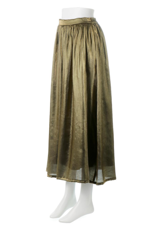 GatheredFlareShinnySkirtシャイニーポプリン・ギャザーフレアースカート大人カジュアルに最適な海外ファッションのothers(その他インポートアイテム)のボトムやスカート。上品な光沢がエレガントなロングフレアスカート。秋冬に合わせやすいロング丈で、それに合わせて裏地も長め。/main-1