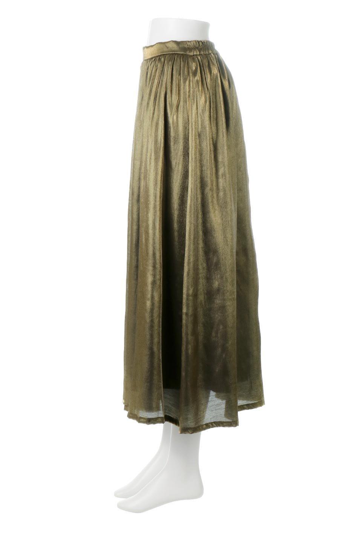 GatheredFlareShinnySkirtシャイニーポプリン・ギャザーフレアースカート大人カジュアルに最適な海外ファッションのothers(その他インポートアイテム)のボトムやスカート。上品な光沢がエレガントなロングフレアスカート。秋冬に合わせやすいロング丈で、それに合わせて裏地も長め。/main-2