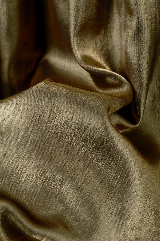 GatheredFlareShinnySkirtシャイニーポプリン・ギャザーフレアースカート大人カジュアルに最適な海外ファッションのothers(その他インポートアイテム)のボトムやスカート。上品な光沢がエレガントなロングフレアスカート。秋冬に合わせやすいロング丈で、それに合わせて裏地も長め。/main-22