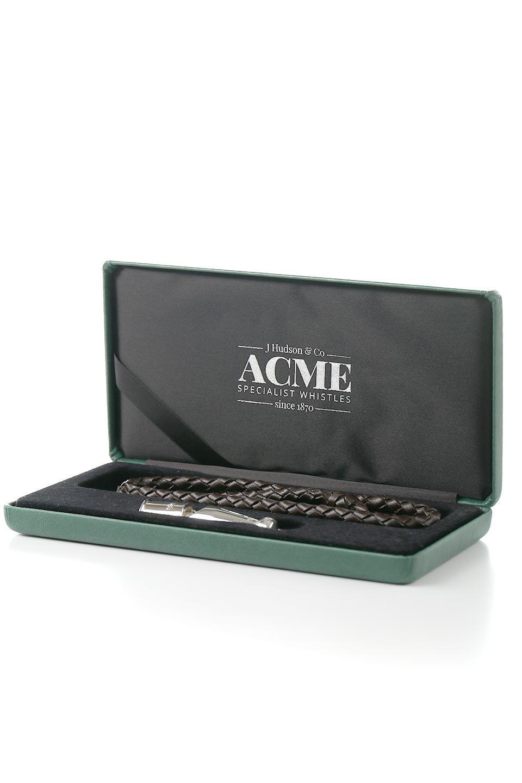 AcmeのAcmeDogWhistleProTrialler(Silver)アクメ・ドッグホイッスル・プロトライアラー(純銀製)/ACMEWhistleのドッググッズやその他。1935年以来販売を開始してから世界中のトレーナーに愛され続けているACME社のドッグホイッスル(犬笛)の高級プレステージライン。#212は人のにも聞こえるサウンドを備えたオールランダー。