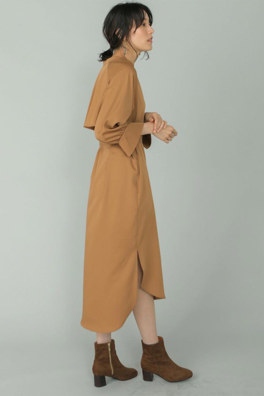 Mid-LengthTrenchDress膝下丈・トレンチワンピース大人カジュアルに最適な海外ファッションのothers(その他インポートアイテム)のワンピースやミディワンピース。毎年人気のトレンチライクなワンピース。BACKスタイルがトレンチコートのようなデザインで、1枚でこなれた印象に仕上がります。/main-19