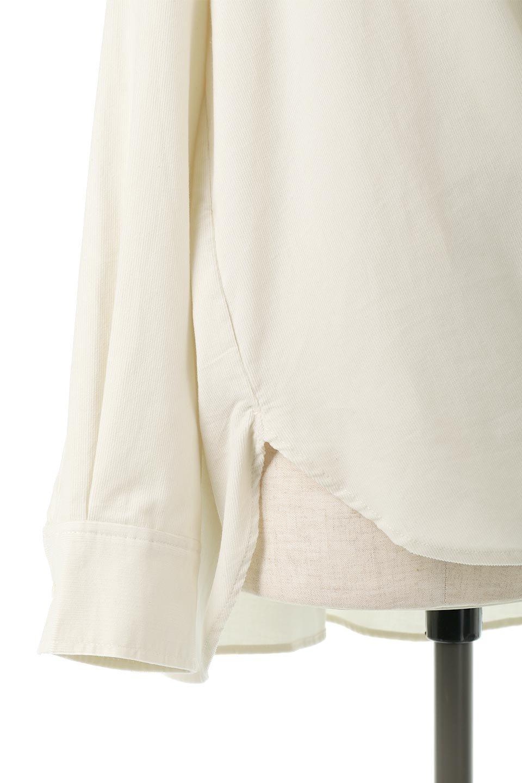 2WayCorduroyOverShirts2ウェイ・コーデュロイシャツ大人カジュアルに最適な海外ファッションのothers(その他インポートアイテム)のトップスやシャツ・ブラウス。着回しやすさバツグンの細うねコーデュロイのアレンジシャツ。2パターンの着こなしが楽しめる仕様となっています。/main-21