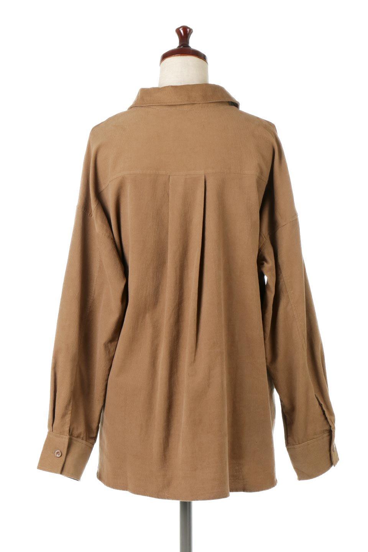 2WayCorduroyOverShirts2ウェイ・コーデュロイシャツ大人カジュアルに最適な海外ファッションのothers(その他インポートアイテム)のトップスやシャツ・ブラウス。着回しやすさバツグンの細うねコーデュロイのアレンジシャツ。2パターンの着こなしが楽しめる仕様となっています。/main-4