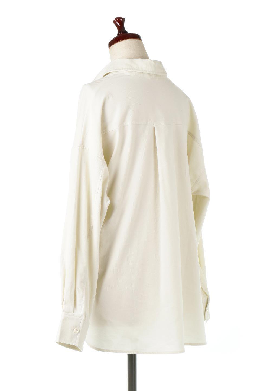 2WayCorduroyOverShirts2ウェイ・コーデュロイシャツ大人カジュアルに最適な海外ファッションのothers(その他インポートアイテム)のトップスやシャツ・ブラウス。着回しやすさバツグンの細うねコーデュロイのアレンジシャツ。2パターンの着こなしが楽しめる仕様となっています。/main-8