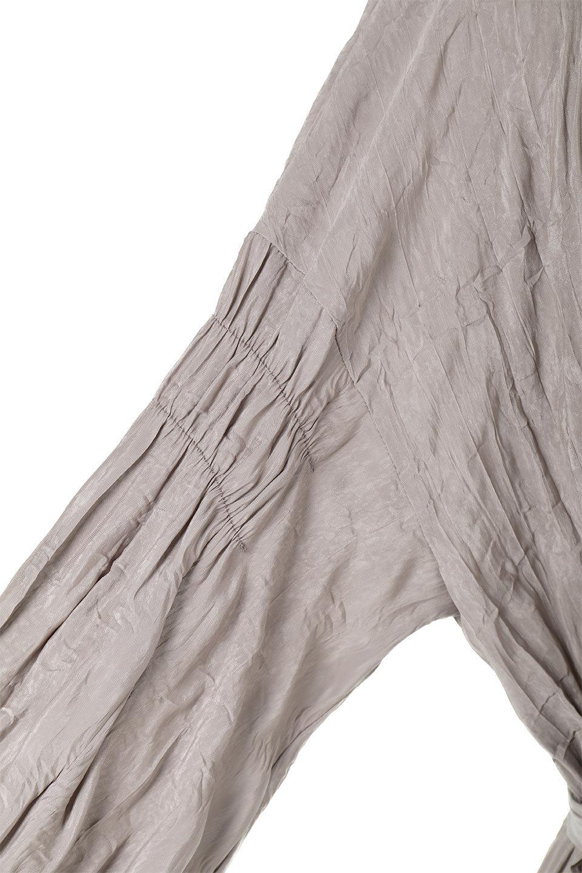WasherSatinLongDressワッシャーサテン・ロングワンピース大人カジュアルに最適な海外ファッションのothers(その他インポートアイテム)のワンピースやマキシワンピース。今年らしいボリューム袖のワンピース。軽くてシワが気にならないので旅行にもぴったり。/main-24