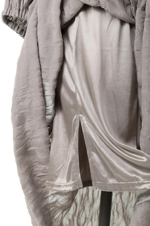 WasherSatinLongDressワッシャーサテン・ロングワンピース大人カジュアルに最適な海外ファッションのothers(その他インポートアイテム)のワンピースやマキシワンピース。今年らしいボリューム袖のワンピース。軽くてシワが気にならないので旅行にもぴったり。/main-29