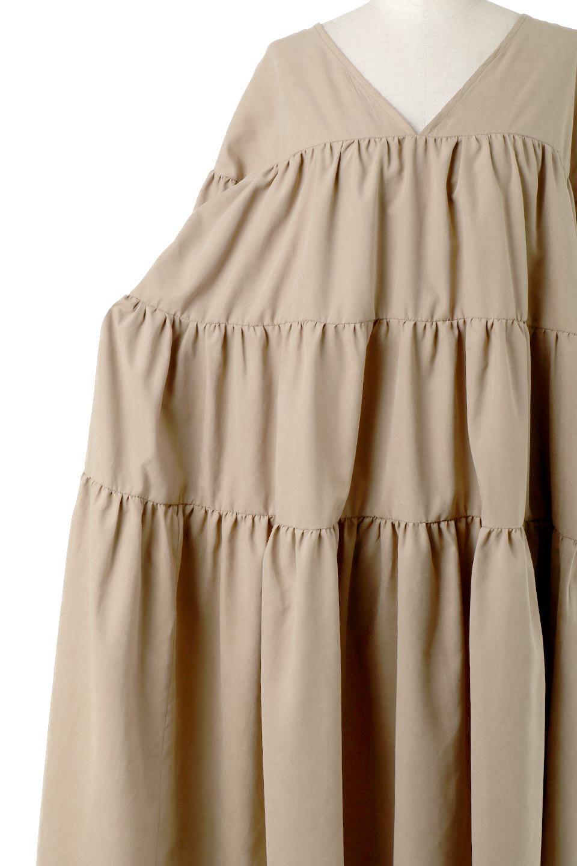 PeachFaceTieredDressピーチフェイス・ティアードワンピース大人カジュアルに最適な海外ファッションのothers(その他インポートアイテム)のワンピースやマキシワンピース。温かみのあるピーチフェイス加工の素材を使用したロングティアードワンピース。ゆったりとしたシルエットで透け感もなく秋冬に活躍しそうなアイテムです。/main-24