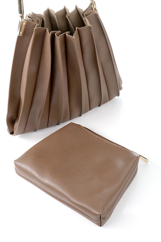 meliebiancoのCarrie(Chocolate)アコーディオンプリーツ・ミニショルダーバッグ/海外ファッション好きにオススメのインポートバッグとかばん、MelieBianco(メリービアンコ)のバッグやショルダーバッグ。アコーディオンプリーツの陰影が美しいポーチ付きのショルダーハンドバッグ。しっかりとしたビーガンレザーを使用しているので、プリーツがクタクタになることはありません。/main-14