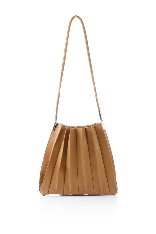 meliebiancoのCarrie(Tan)アコーディオンプリーツ・ミニショルダーバッグ/海外ファッション好きにオススメのインポートバッグとかばん、MelieBianco(メリービアンコ)のバッグやショルダーバッグ。アコーディオンプリーツの陰影が美しいポーチ付きのショルダーハンドバッグ。しっかりとしたビーガンレザーを使用しているので、プリーツがクタクタになることはありません。