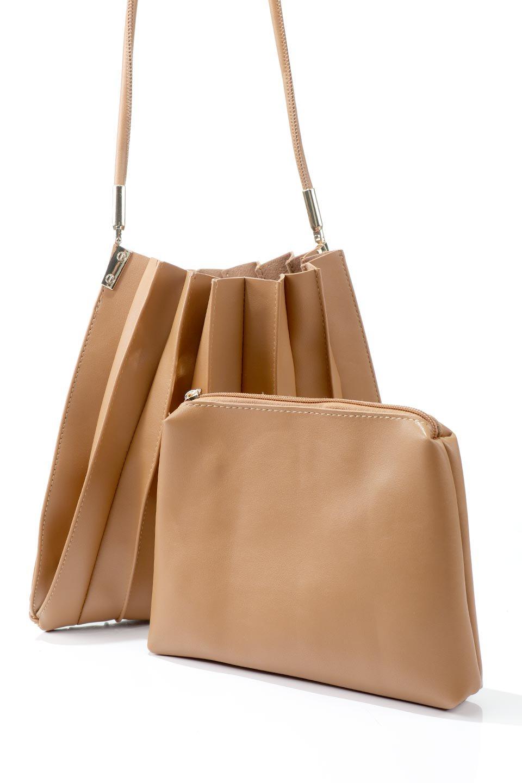 meliebiancoのCarrie(Tan)アコーディオンプリーツ・ミニショルダーバッグ/海外ファッション好きにオススメのインポートバッグとかばん、MelieBianco(メリービアンコ)のバッグやショルダーバッグ。アコーディオンプリーツの陰影が美しいポーチ付きのショルダーハンドバッグ。しっかりとしたビーガンレザーを使用しているので、プリーツがクタクタになることはありません。/main-12