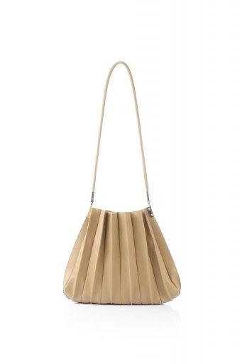 海外ファッションや大人カジュアルのためのインポートバッグ、かばんmelie bianco(メリービアンコ)のCarrie (Taupe) アコーディオンプリーツ・ミニショルダーバッグ