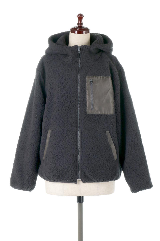 ShearlingFleeceHoodedJacketボアフリース・フード付きジャケット大人カジュアルに最適な海外ファッションのothers(その他インポートアイテム)のアウターやジャケット。もこもこボアのあったかフリースジャケット。程よいミドル丈がボトムスを選ばずコーデを楽しむことができるニュアンスカラーの万能アウターはインナーを変えて秋口から真冬にかけて大活躍。/main-10