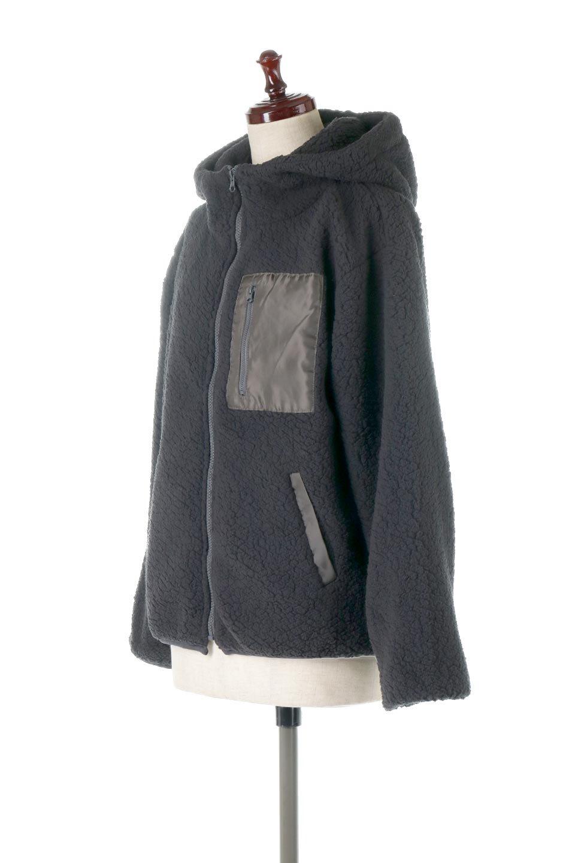 ShearlingFleeceHoodedJacketボアフリース・フード付きジャケット大人カジュアルに最適な海外ファッションのothers(その他インポートアイテム)のアウターやジャケット。もこもこボアのあったかフリースジャケット。程よいミドル丈がボトムスを選ばずコーデを楽しむことができるニュアンスカラーの万能アウターはインナーを変えて秋口から真冬にかけて大活躍。/main-11