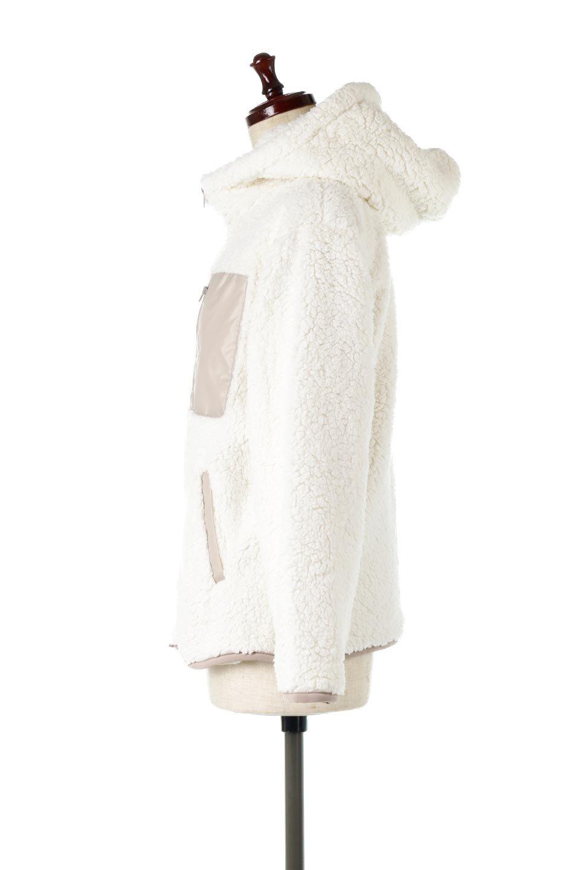 ShearlingFleeceHoodedJacketボアフリース・フード付きジャケット大人カジュアルに最適な海外ファッションのothers(その他インポートアイテム)のアウターやジャケット。もこもこボアのあったかフリースジャケット。程よいミドル丈がボトムスを選ばずコーデを楽しむことができるニュアンスカラーの万能アウターはインナーを変えて秋口から真冬にかけて大活躍。/main-2