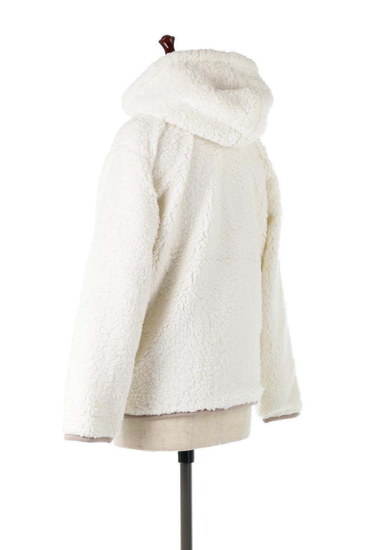 ShearlingFleeceHoodedJacketボアフリース・フード付きジャケット大人カジュアルに最適な海外ファッションのothers(その他インポートアイテム)のアウターやジャケット。もこもこボアのあったかフリースジャケット。程よいミドル丈がボトムスを選ばずコーデを楽しむことができるニュアンスカラーの万能アウターはインナーを変えて秋口から真冬にかけて大活躍。/main-3