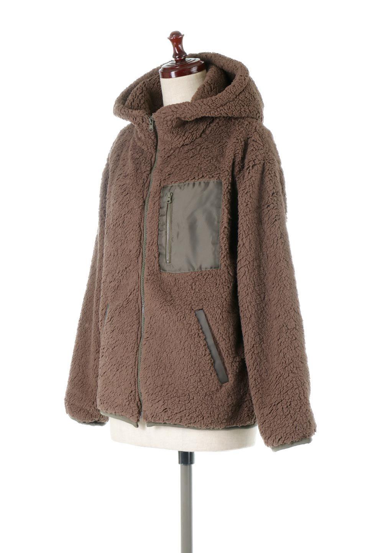 ShearlingFleeceHoodedJacketボアフリース・フード付きジャケット大人カジュアルに最適な海外ファッションのothers(その他インポートアイテム)のアウターやジャケット。もこもこボアのあったかフリースジャケット。程よいミドル丈がボトムスを選ばずコーデを楽しむことができるニュアンスカラーの万能アウターはインナーを変えて秋口から真冬にかけて大活躍。/main-6