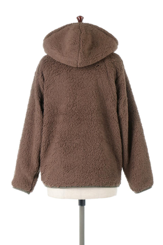 ShearlingFleeceHoodedJacketボアフリース・フード付きジャケット大人カジュアルに最適な海外ファッションのothers(その他インポートアイテム)のアウターやジャケット。もこもこボアのあったかフリースジャケット。程よいミドル丈がボトムスを選ばずコーデを楽しむことができるニュアンスカラーの万能アウターはインナーを変えて秋口から真冬にかけて大活躍。/main-9