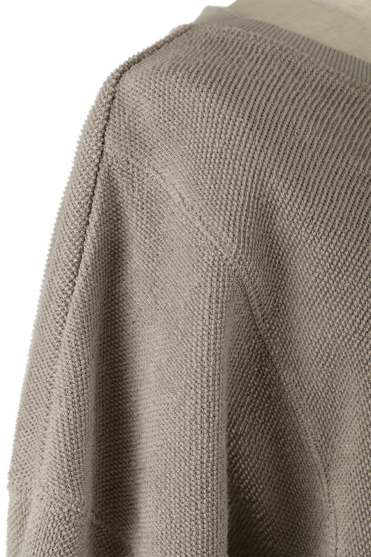 TurnOverSweatTop裏地使い・スピンドル付きスウェット大人カジュアルに最適な海外ファッションのothers(その他インポートアイテム)のトップスやカットソー。スウェットの裏地を活かしたオーバーサイズなスウェット。無地でシンプルなデザインながら素材感の面白さが魅力なアイテム。/main-13