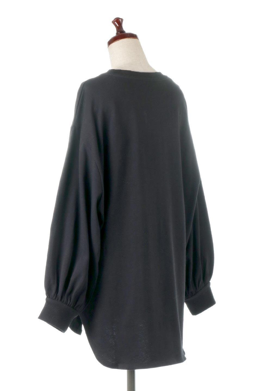 BalloonSleeveHeavyWeightTeeボリュームスリーブ・ヘビーロンT大人カジュアルに最適な海外ファッションのothers(その他インポートアイテム)のトップスやカットソー。Tシャツ以上、スェット未満の肉厚のコットン天竺ロンT。ボリュームスリーブがポイントとなっていて、カジュアルさの中にもかわいいポイントとなっています。/main-18