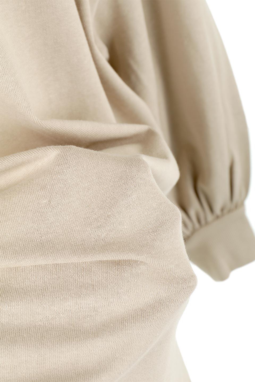 BalloonSleeveHeavyWeightTeeボリュームスリーブ・ヘビーロンT大人カジュアルに最適な海外ファッションのothers(その他インポートアイテム)のトップスやカットソー。Tシャツ以上、スェット未満の肉厚のコットン天竺ロンT。ボリュームスリーブがポイントとなっていて、カジュアルさの中にもかわいいポイントとなっています。/main-26