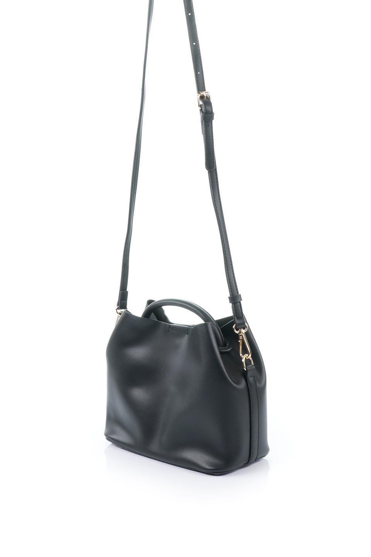 meliebiancoのAnnie(Black)ポーチ付き・ミニハンドバッグ/海外ファッション好きにオススメのインポートバッグとかばん、MelieBianco(メリービアンコ)のバッグやショルダーバッグ。ストラップを付ければショルダーバッグにもなる2Wayタイプのミニハンドバッグ。小さなボディの中には同色のポーチが付属します。/main-1