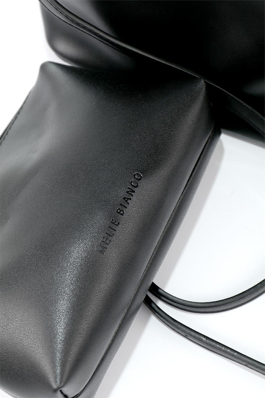 meliebiancoのAnnie(Black)ポーチ付き・ミニハンドバッグ/海外ファッション好きにオススメのインポートバッグとかばん、MelieBianco(メリービアンコ)のバッグやショルダーバッグ。ストラップを付ければショルダーバッグにもなる2Wayタイプのミニハンドバッグ。小さなボディの中には同色のポーチが付属します。/main-11